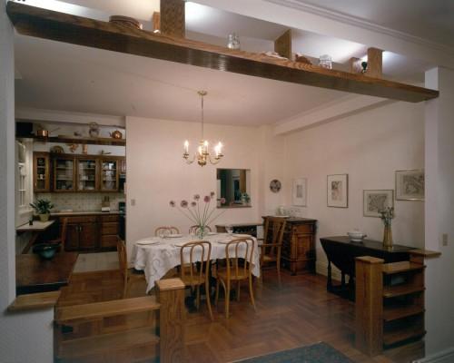 Leifer Apartment